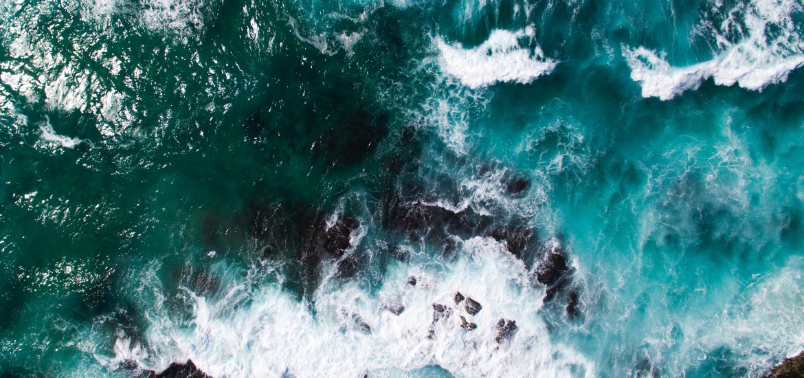 Ocean's ability to remove CO2 from atmosphere halved by invisible scum