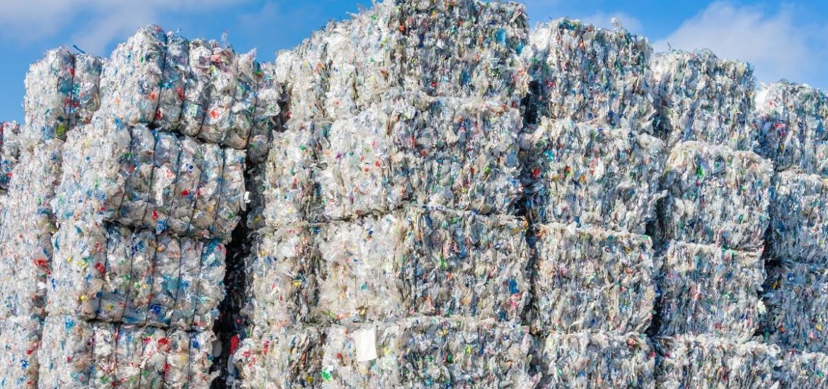Plastic for recycling from Europe ends up in Asian waters
