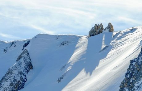 Microplastics found in snowfall from the Arctic to the Alps