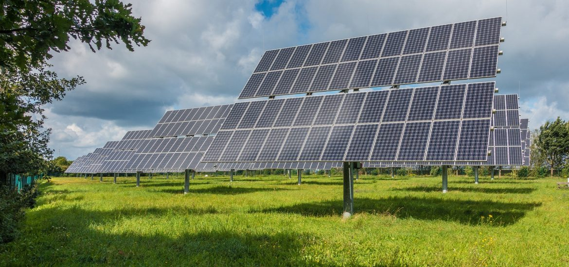China tops Europe in renewable energy investment