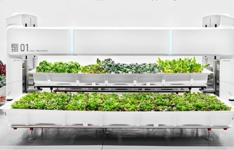 Fully autonomous robot farm opens in the US
